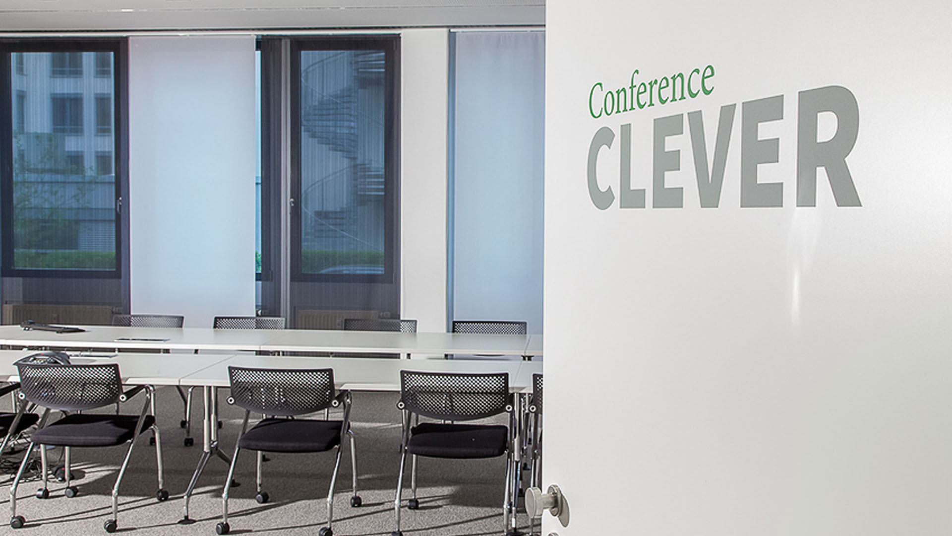 MAASS-Lichtplanung_Planung von Konferenzzentrum__MAASS-Trilounge-010
