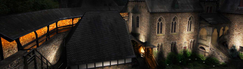 MAASS-Lichtplanung_Lichtinszenierung der Schloss Burg_Aktuelles Landing-Niedersachsen Veröffentlichungen _MAASS-Licht-SchlossBurg-01-1500x430