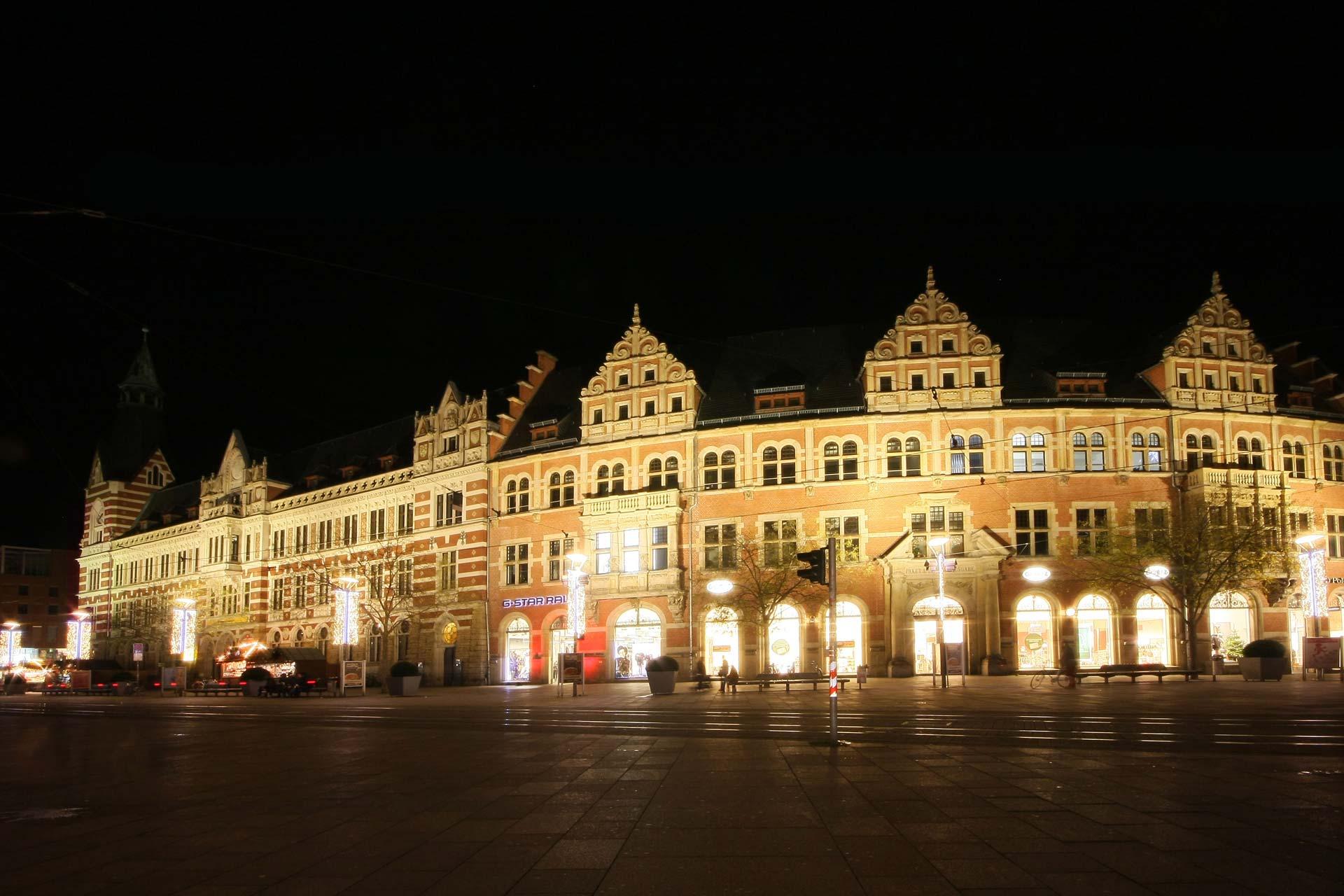 MAASS-Lichtplanung_Fassadenbeleuchtung Hauptpost Erfurt__IMG_1266.bearb_