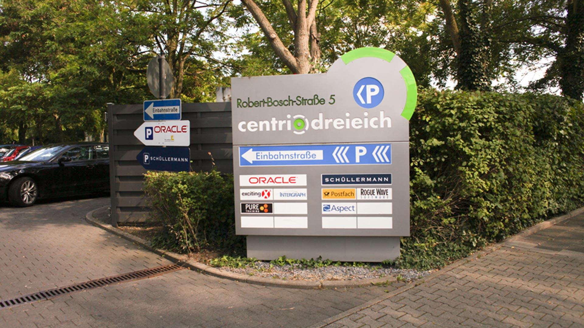 MAASS-Lichtplanung_Lichtwerbung als Leitsystem__MAASS-Centrio-Dreieeich-005