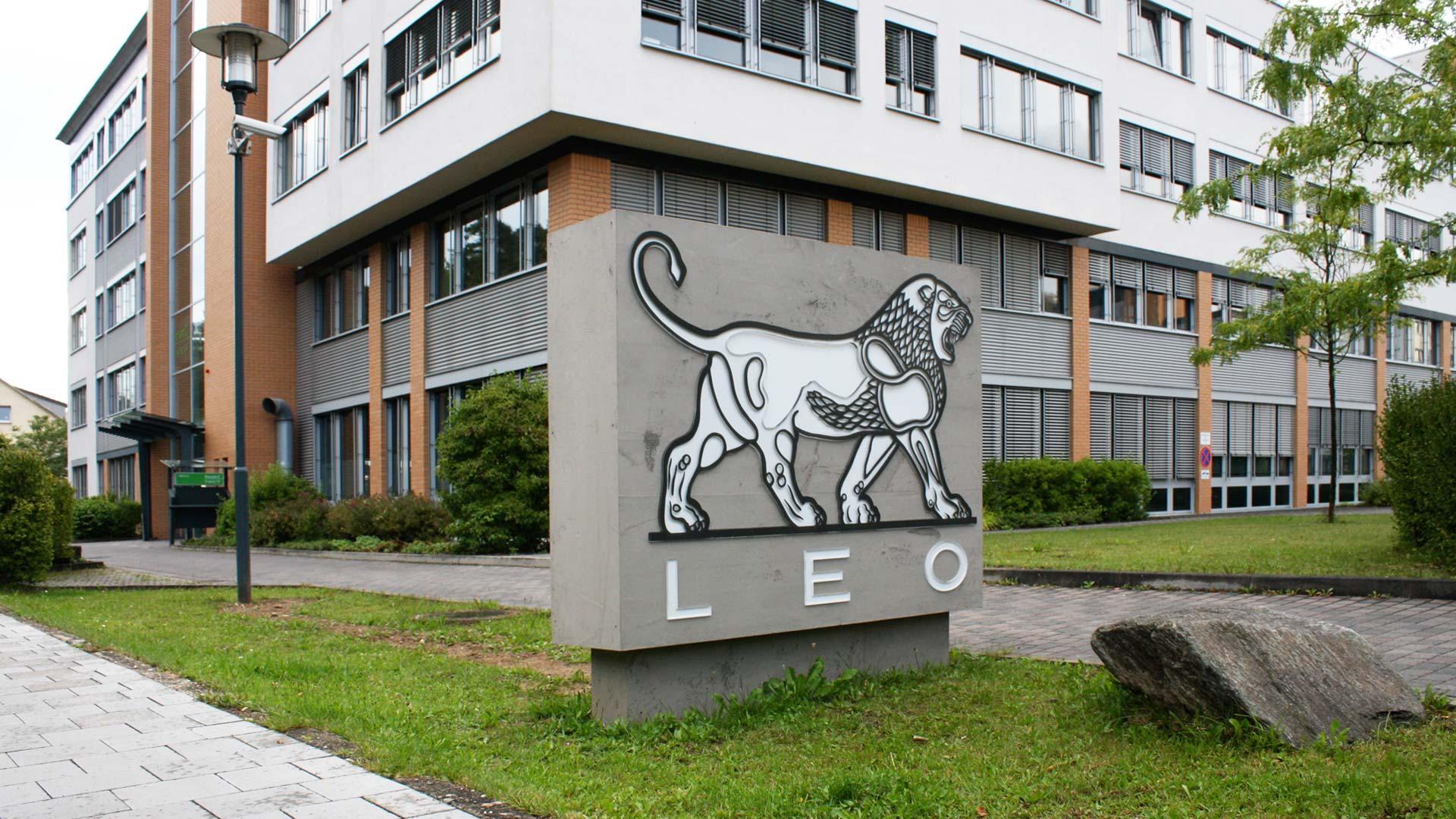 MAASS-Lichtplanung_Lichtwerbung für die LEO Pharma GmbH__MAASS-Leo-Pharma-002
