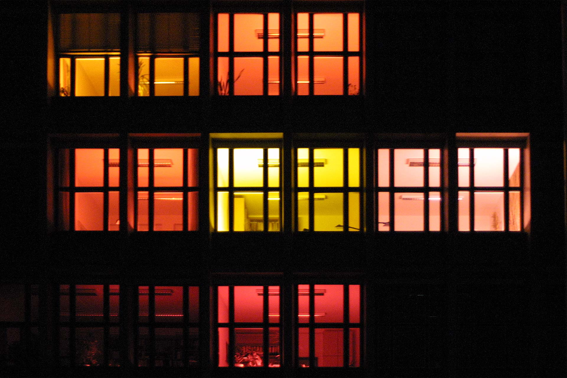 MAASS-Lichtplanung_Temporäre Fassadenbeleuchtung in Hannover__MAASS-MWK-Hannover-005