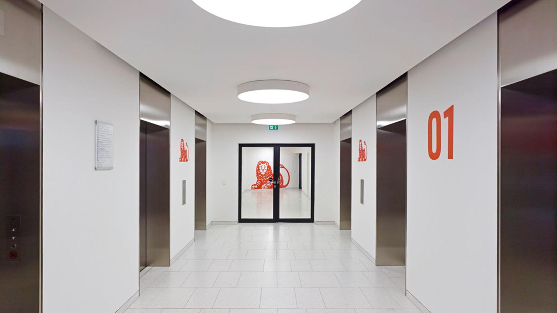 MAASS-Lichtplanung_Lichtplanung repräsentativer Bereiche der ING-DiBa Hauptzentrale__MAASS-Poseidonhaus-Innen-004