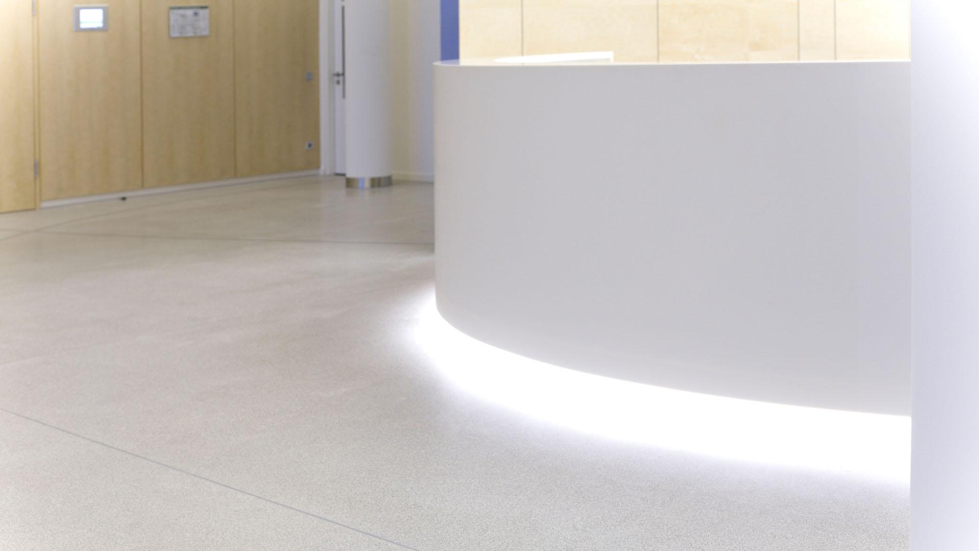 MAASS-Lichtplanung_Lichtplanung im Foyer der SEB Zentrale__MAASS-Skylight-Foyer-006
