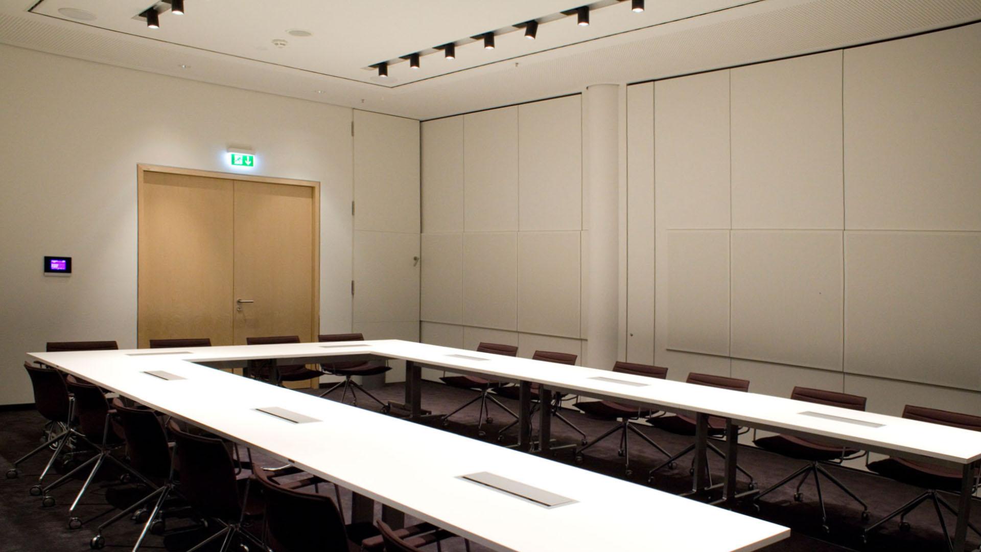 MAASS-Lichtplanung_Planung von Konferenzräumen__MAASS-Skylight-Konferenz-001
