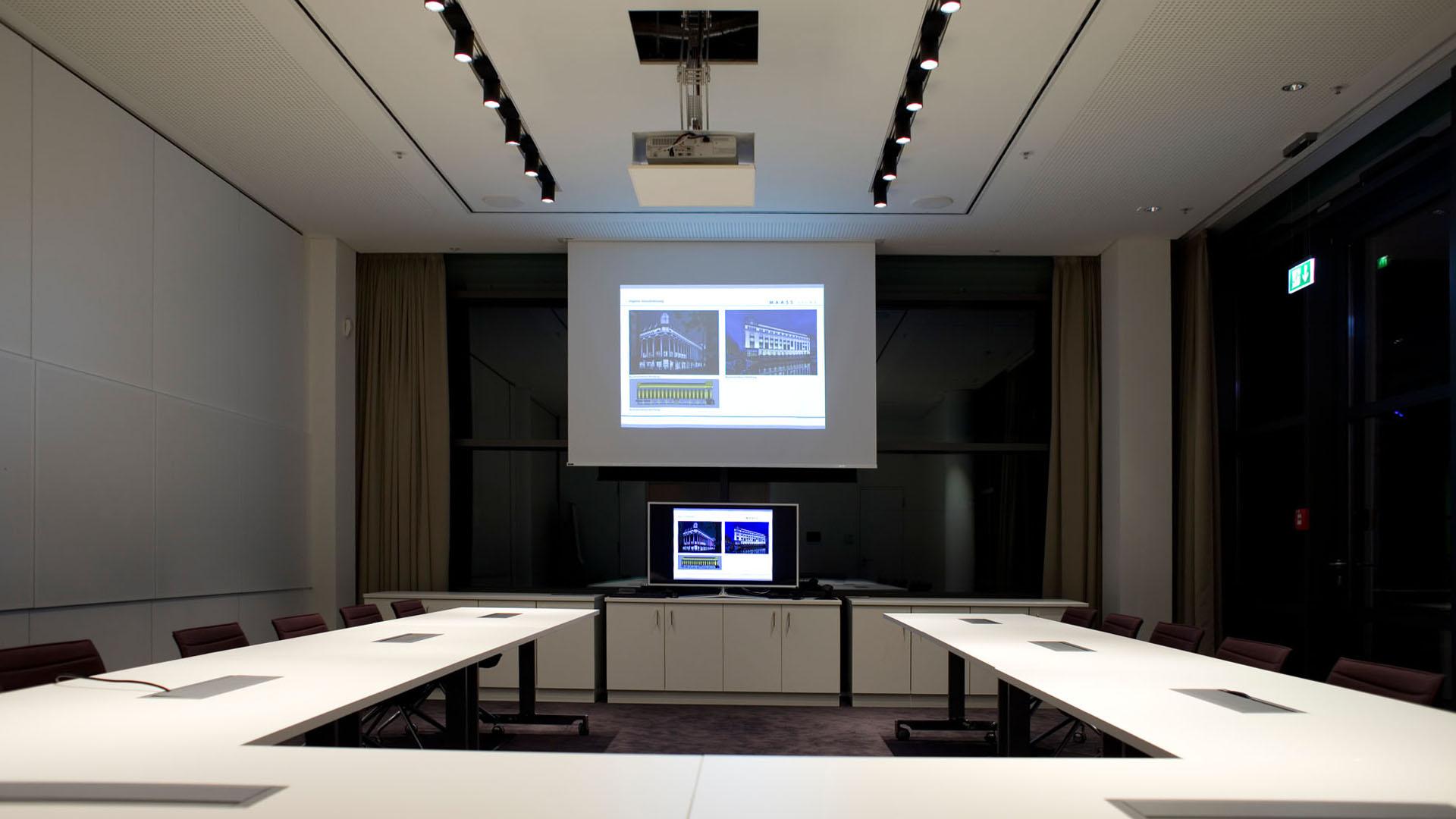 MAASS-Lichtplanung_Planung von Konferenzräumen__MAASS-Skylight-Konferenz-003