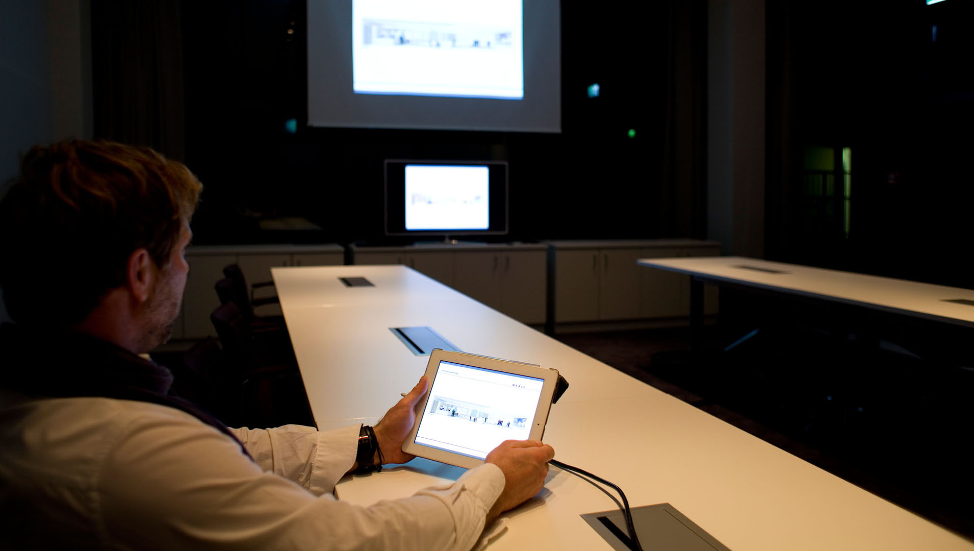 MAASS-Lichtplanung_Planung von Konferenzräumen__MAASS-Skylight-Konferenz-005