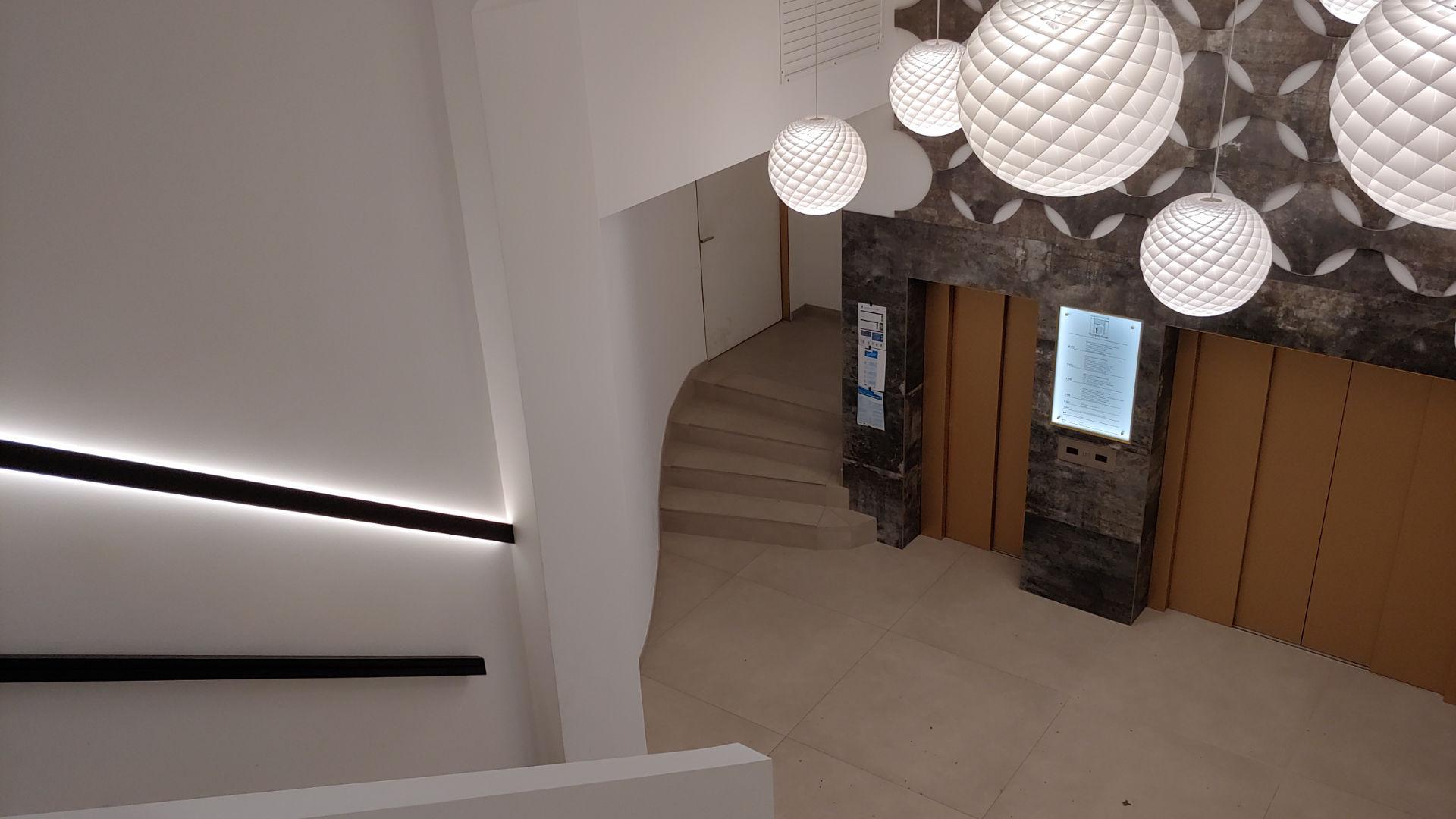 MAASS-Lichtplanung_Foyerbeleuchtung Rappolt Haus__MAASS-Moenkebergstrasse11-002